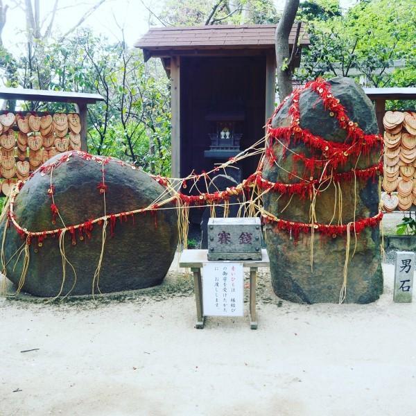 葛原岡神社 縁結びの石 鎌倉