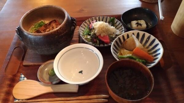 鎌倉土鍋ご飯kaedena.